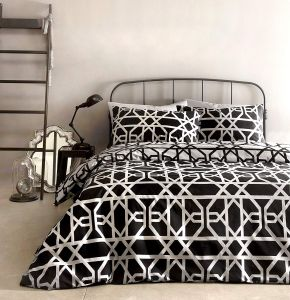 Dreams & Drapes Manila Duvet Set Black
