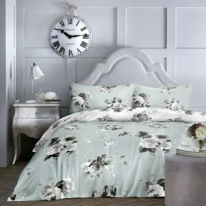 Dreams & Drapes Charlotte Duvet Set