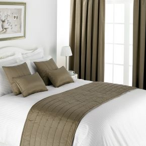 Musbury Fabrics Flame Retardant Skye Bed Runner and Cushion Covers