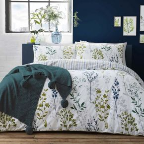 Appletree Meadow Grass Duvet Cover Set in Green