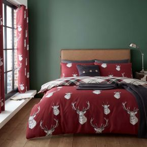 Catherine Lansfield Munro Stag Duvet Set Red